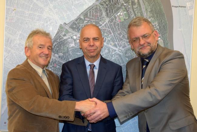 Podpisanie umowy przetatgowej pod budowę zespołu szkolno-przedszkolnego przy ul. Anny German
